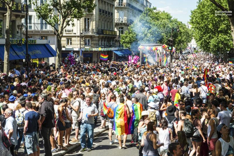 Gay-Paris-Tour-Discover-Le-Marais-1
