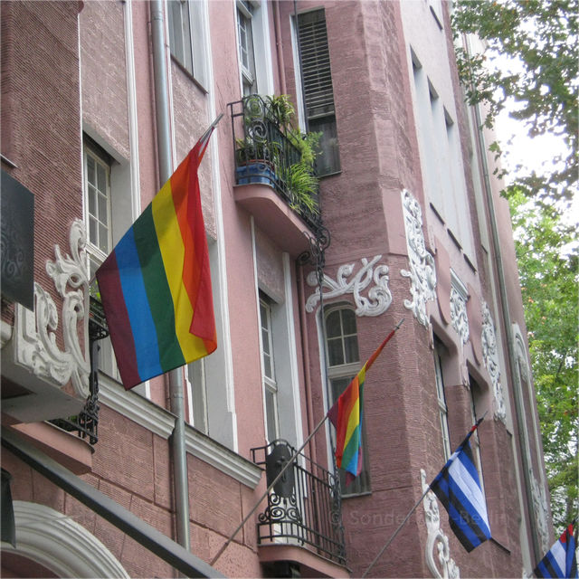 Gay-Berlin-Tour-Out-in-Schöneberg-1