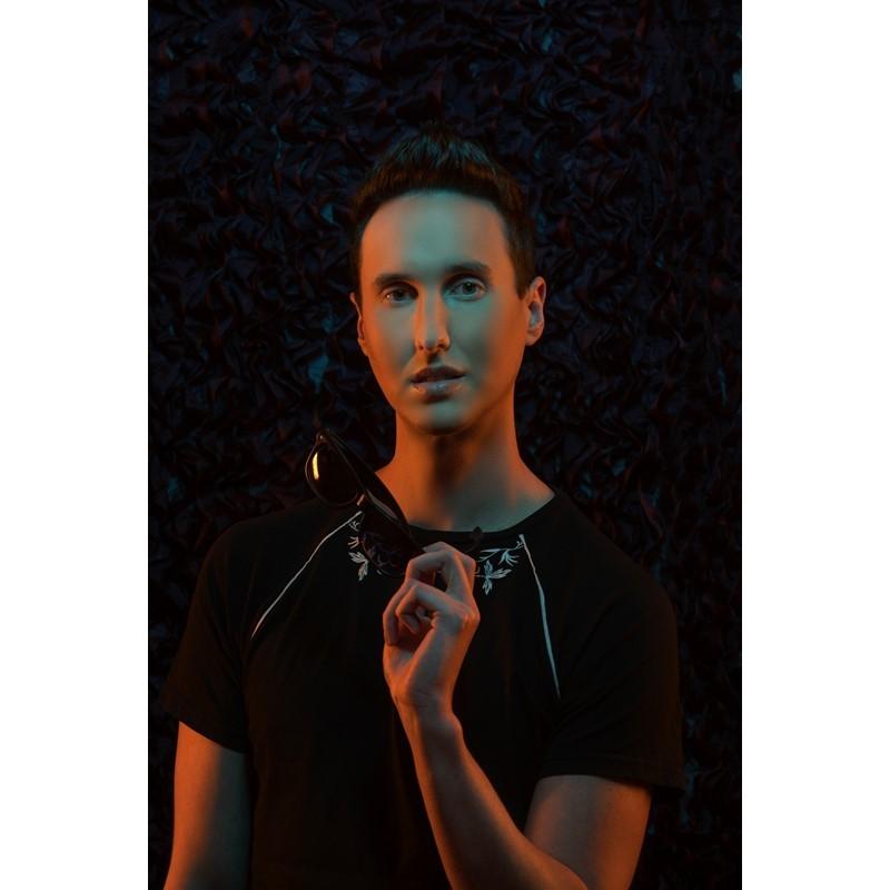 Adam-Renz-proudout