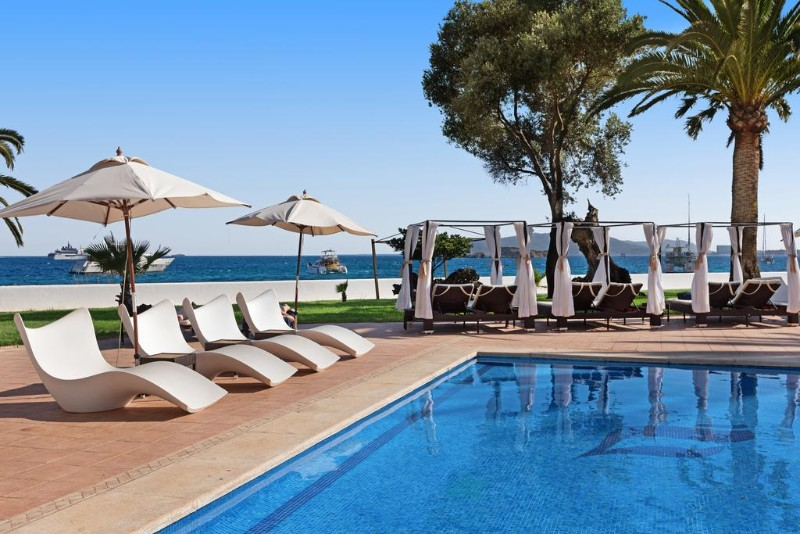 THB-Los-Molinos-Adults-Only-5